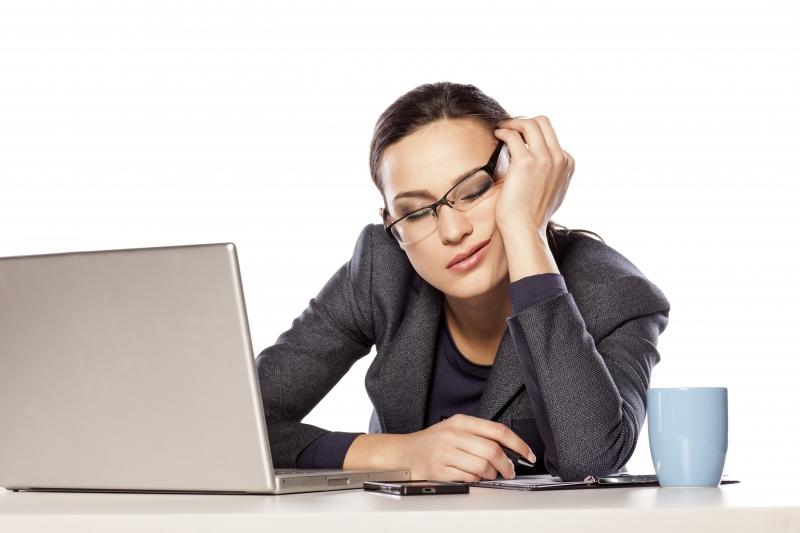 Sömnbrist påverkar kvinnor mer än män