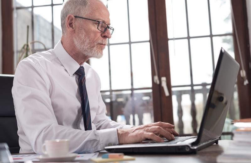 Många äldre fortsätter jobba