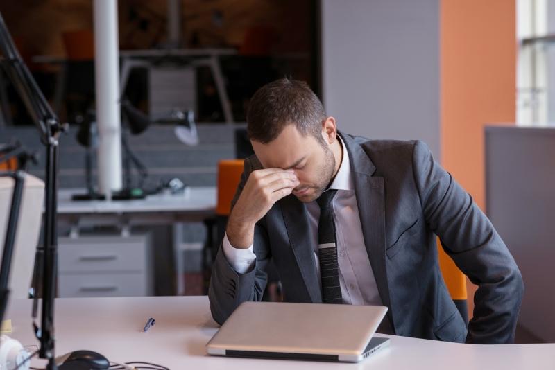 4 av 10 tjänstemän har kränkts på jobbet