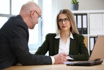 Var femte kvinna kränkt på jobbintervjun