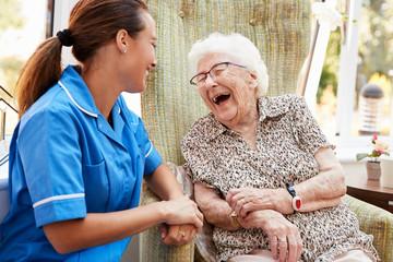 Jobbväxling mitt i livet ger framtidshopp för vården