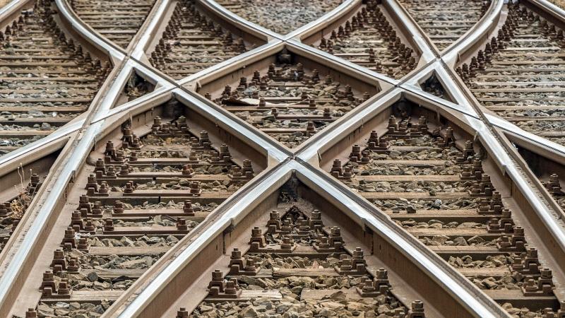 Så kan järnvägar och hamnar förvaltas bättre