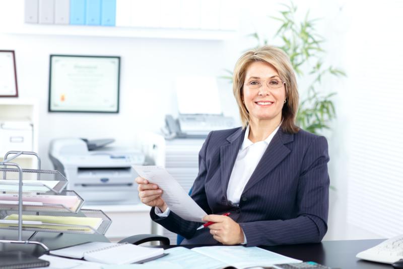 Fler kvinnor än män förlorar jobbet på grund av digitalisering