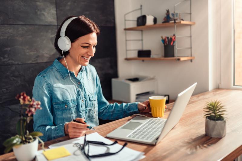 Extroverta trivs bäst med att jobba hemifrån