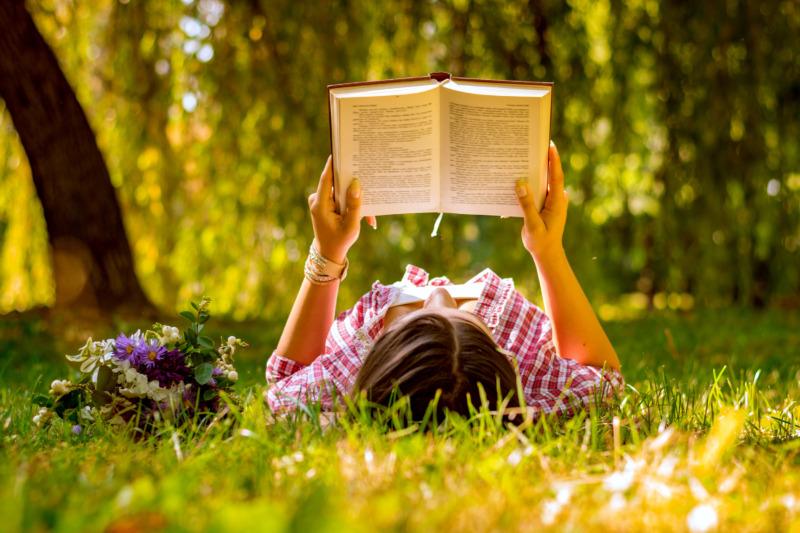 Bokspecial: 8 bra böcker att läsa i sommar